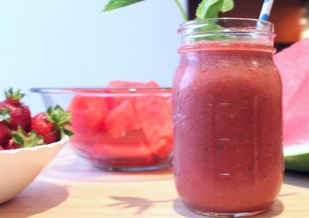 This skin-saving smoothie will have you glowing