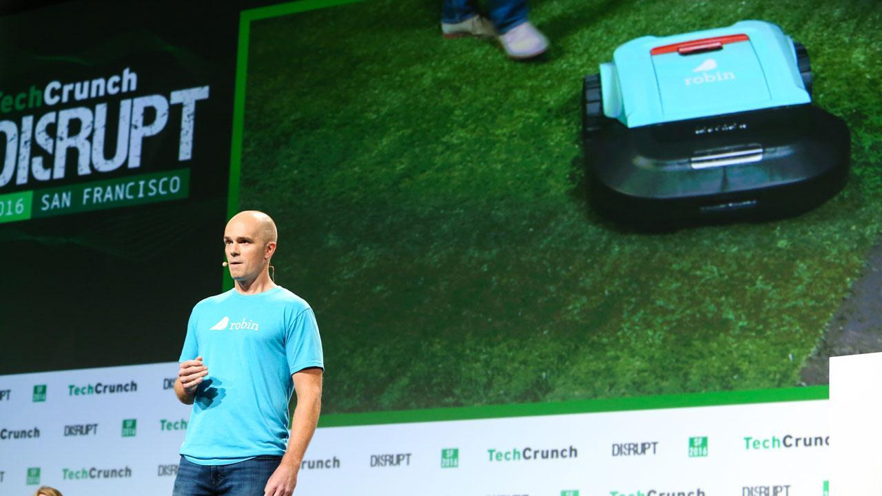 Robin Trims Your Lawn with Robots