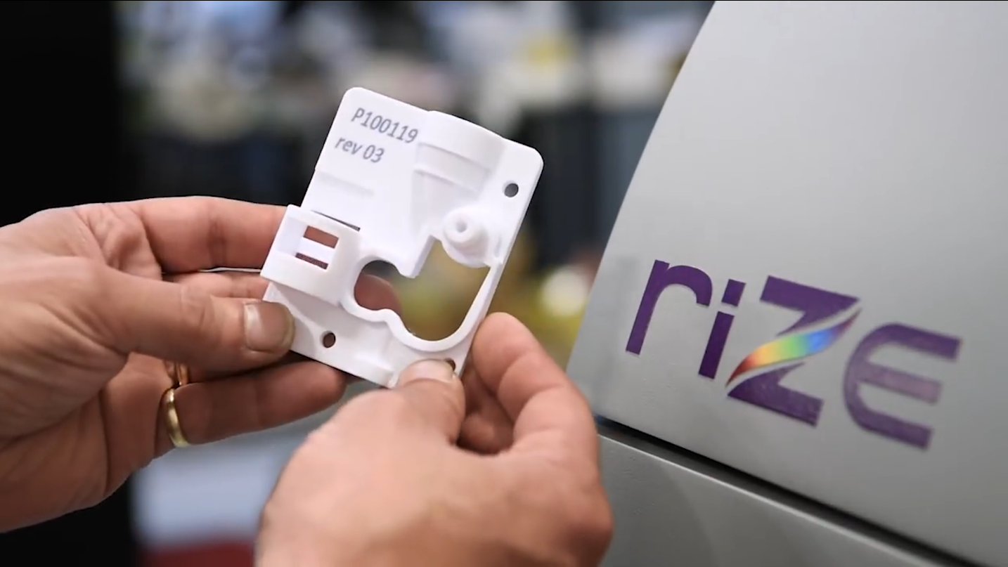 Control color and stiffness with Rize's 3D printer