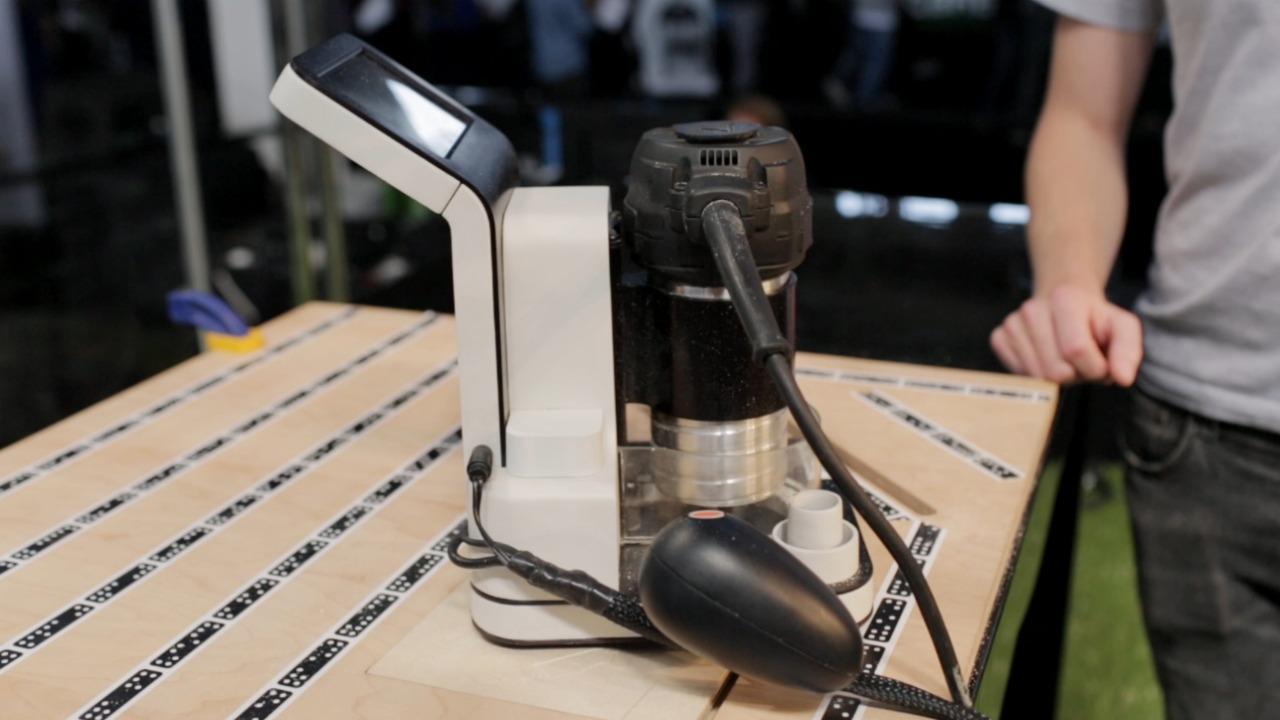 Shaper's Origin handheld CNC machine