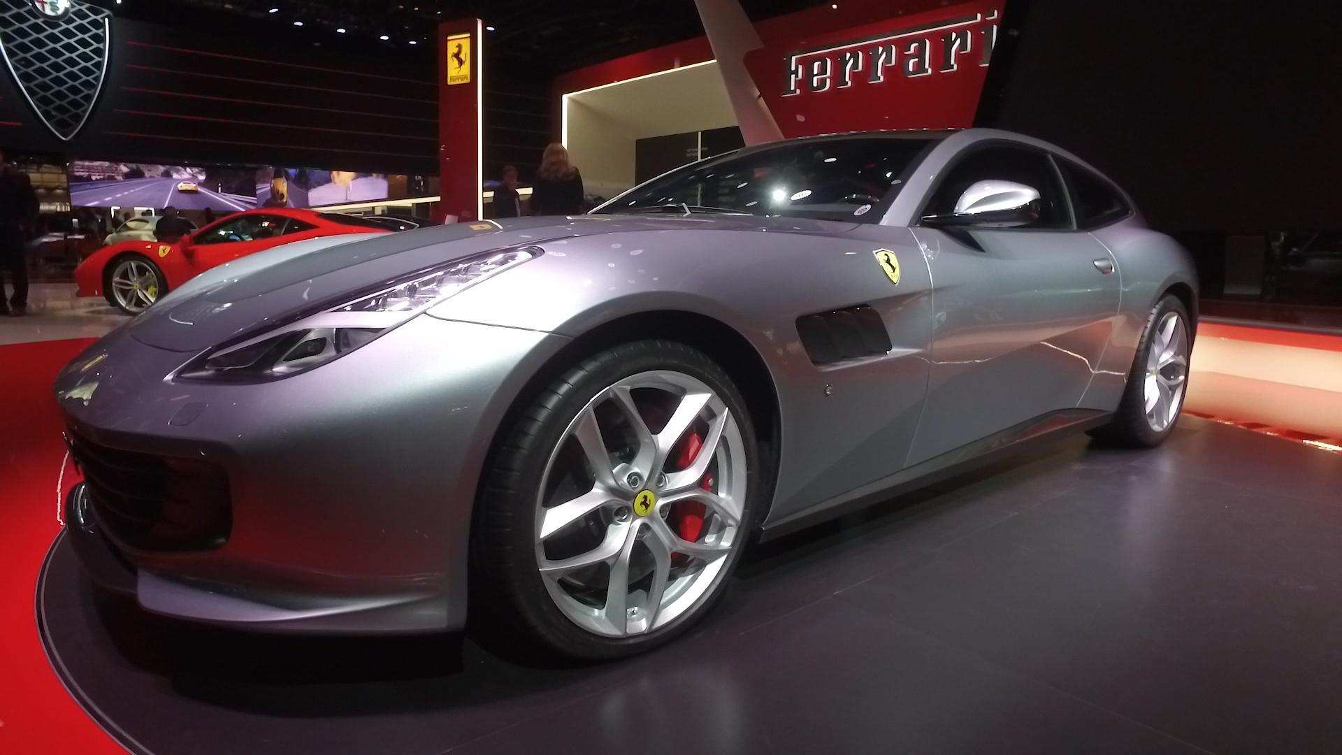 1959 Ferrari 250 Gt California Sells For Nearly 18m