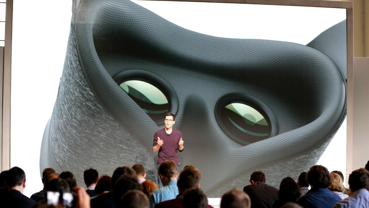 Google announces the Daydream View VR headset