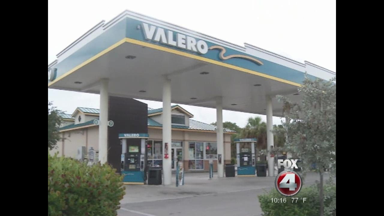 Gas pump charges Florida woman\'s credit card almost $10,000 - NBC26 ...