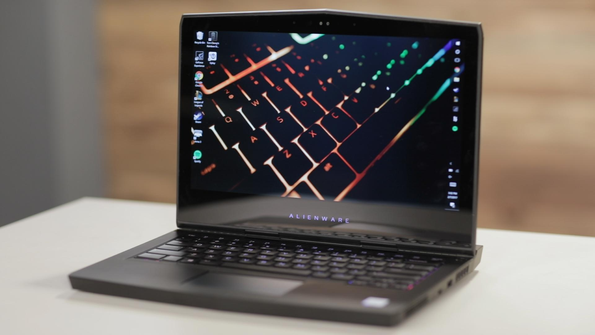 Alienware's 13 R3 VR-ready laptop