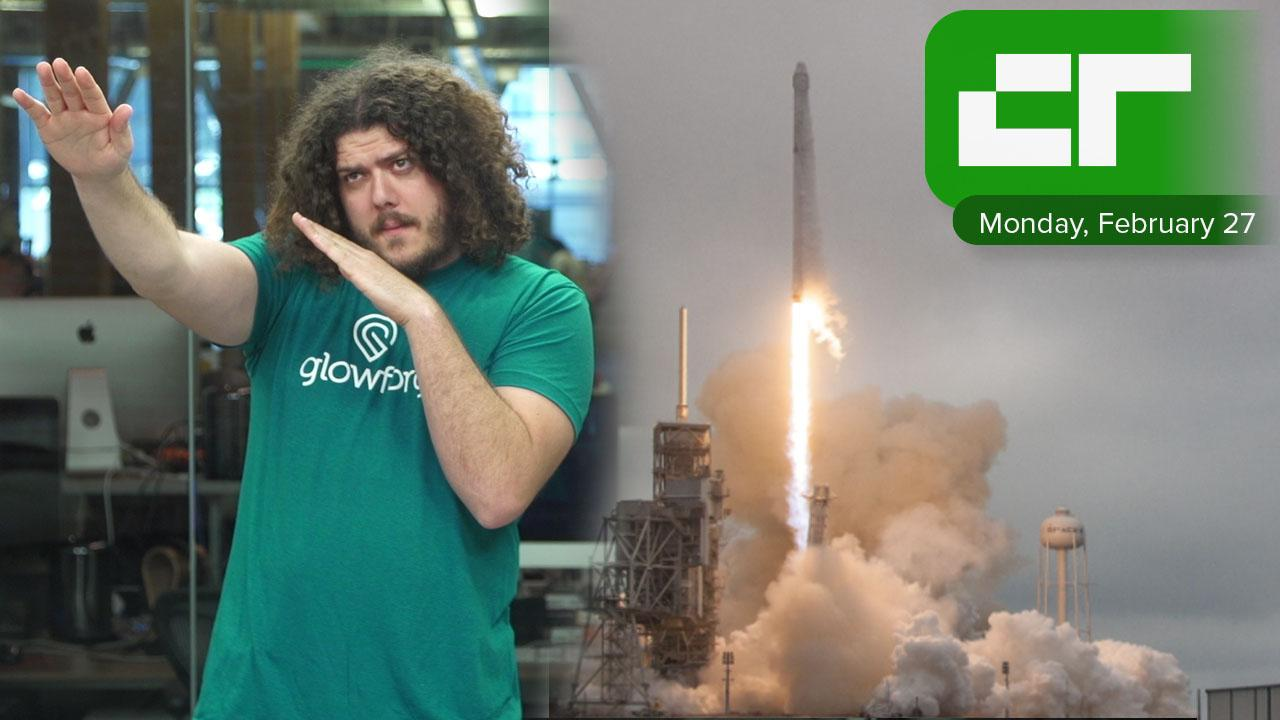 SpaceX Is Flying Two People Around the Moon | Crunch Report