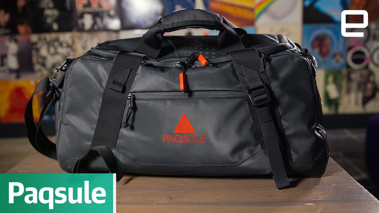 This self-cleaning bag freshens up your smelly gym clothes 16ebeb685791f