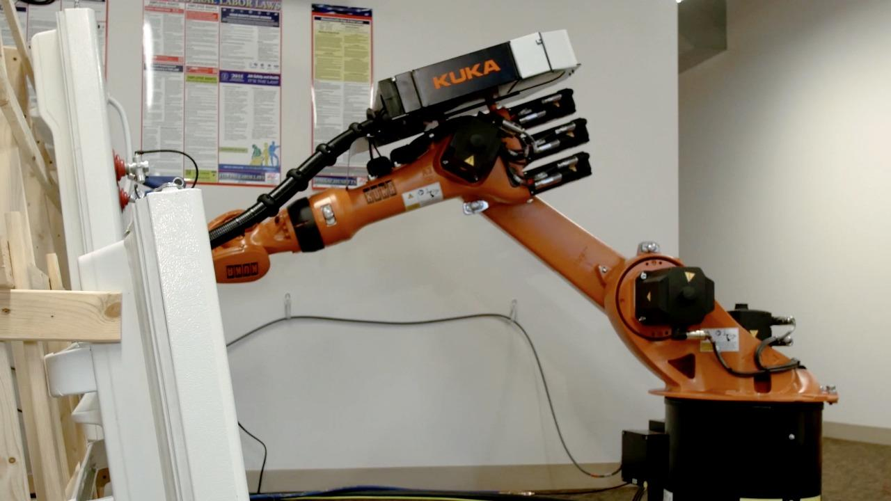 Veo Robotics helps humans and robots to work together safely