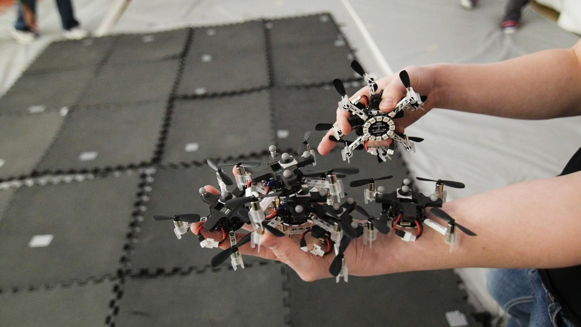 Teaching groups of drones to fly in formation