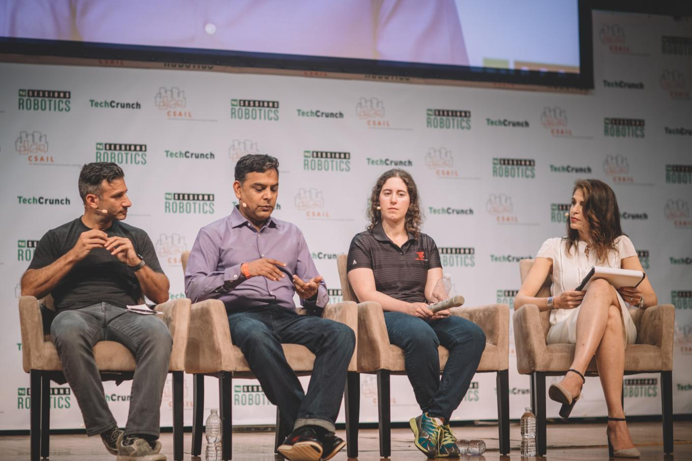 Is Venture Ready for Robotics? with Manish Kothari (SRI), Josh Wolfe (Lux Capital) and Helen Zelman (Lemnos)