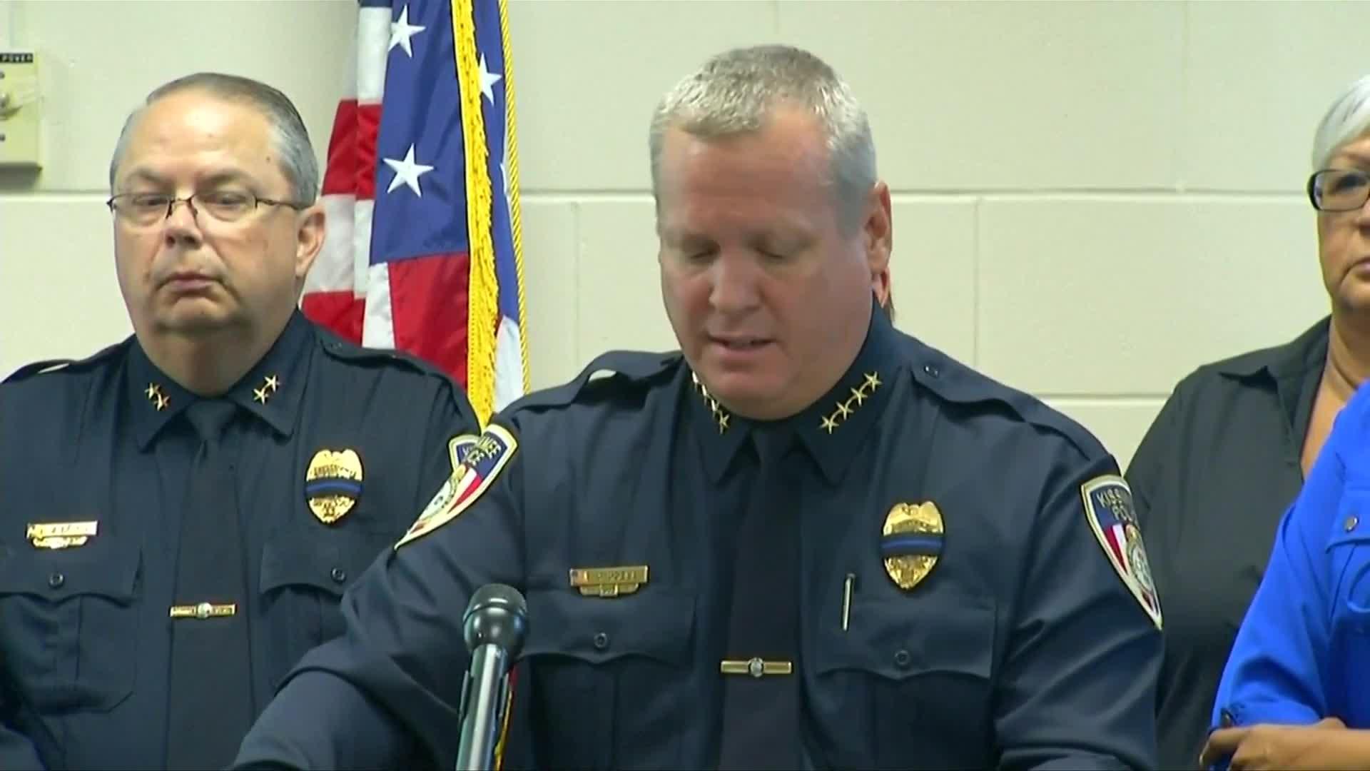 2 Florida police officers fatally shot, suspect arrested
