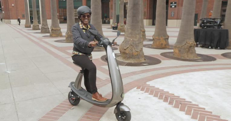 Ojo wants to be the electric scooter for commuters, but it's not there yet