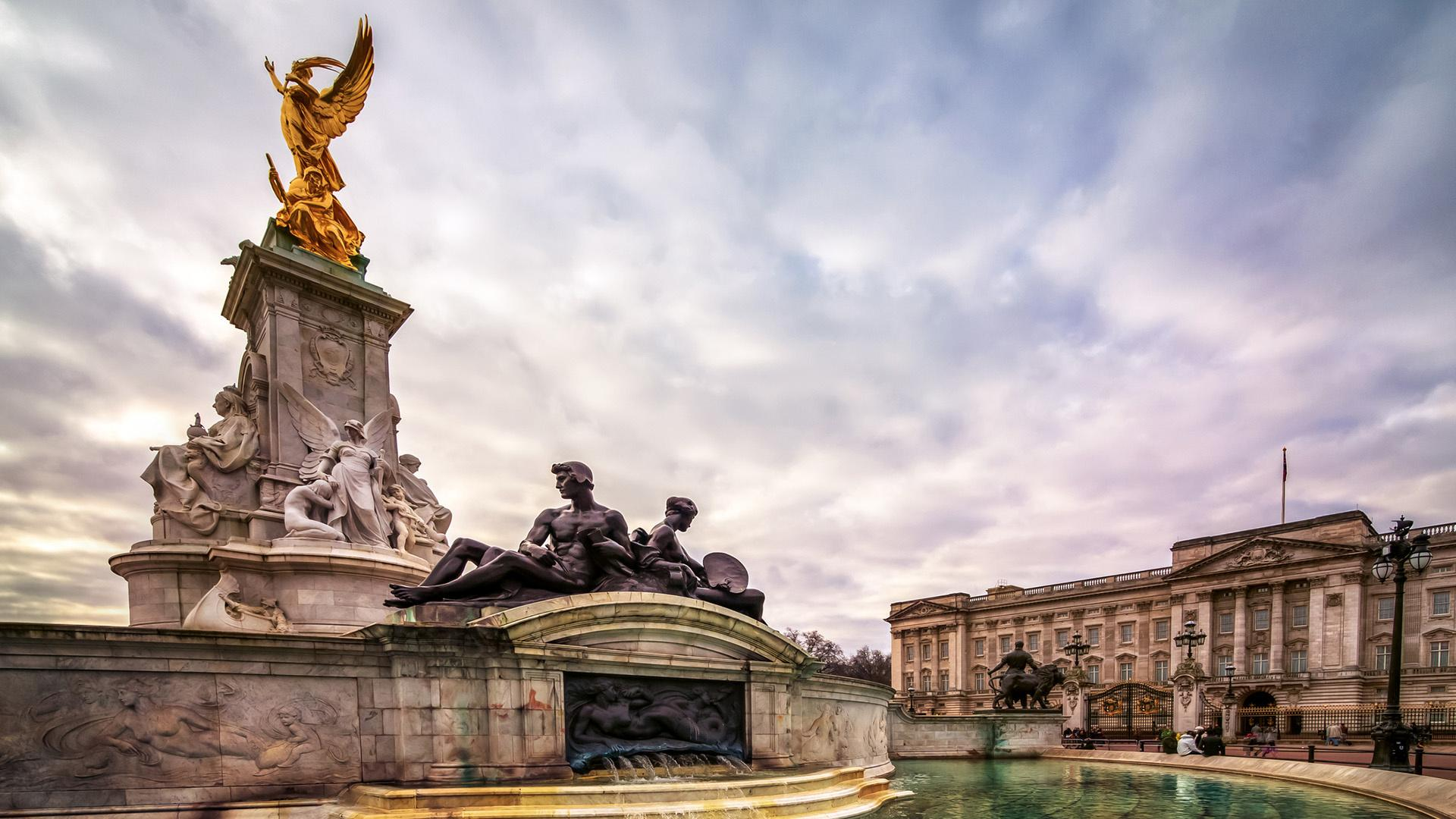 Amazing Facts About Buckingham Palace Aol Uk Travel