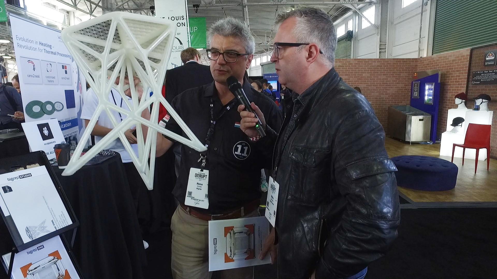 Startup Alley Eastern Germany Pavilion with Mike Butcher