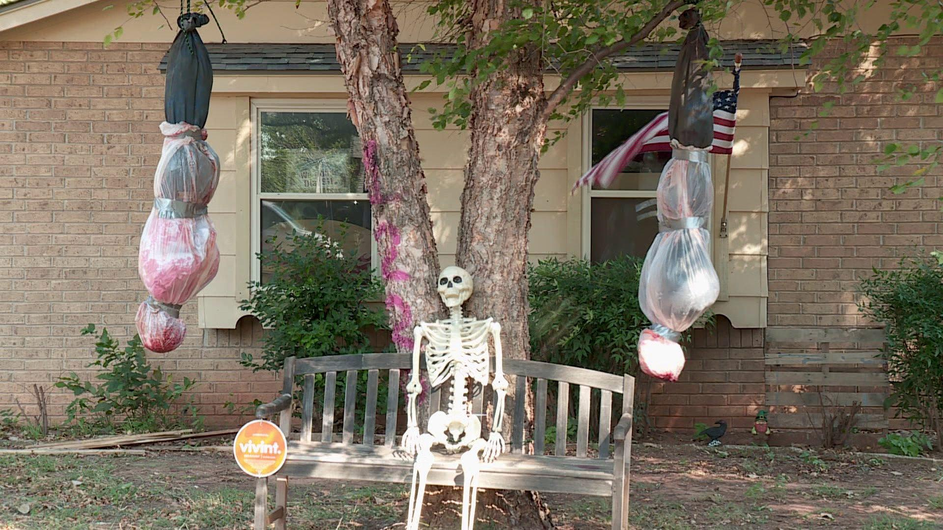 neighbors shocked by mans totally disgusting halloween decorations