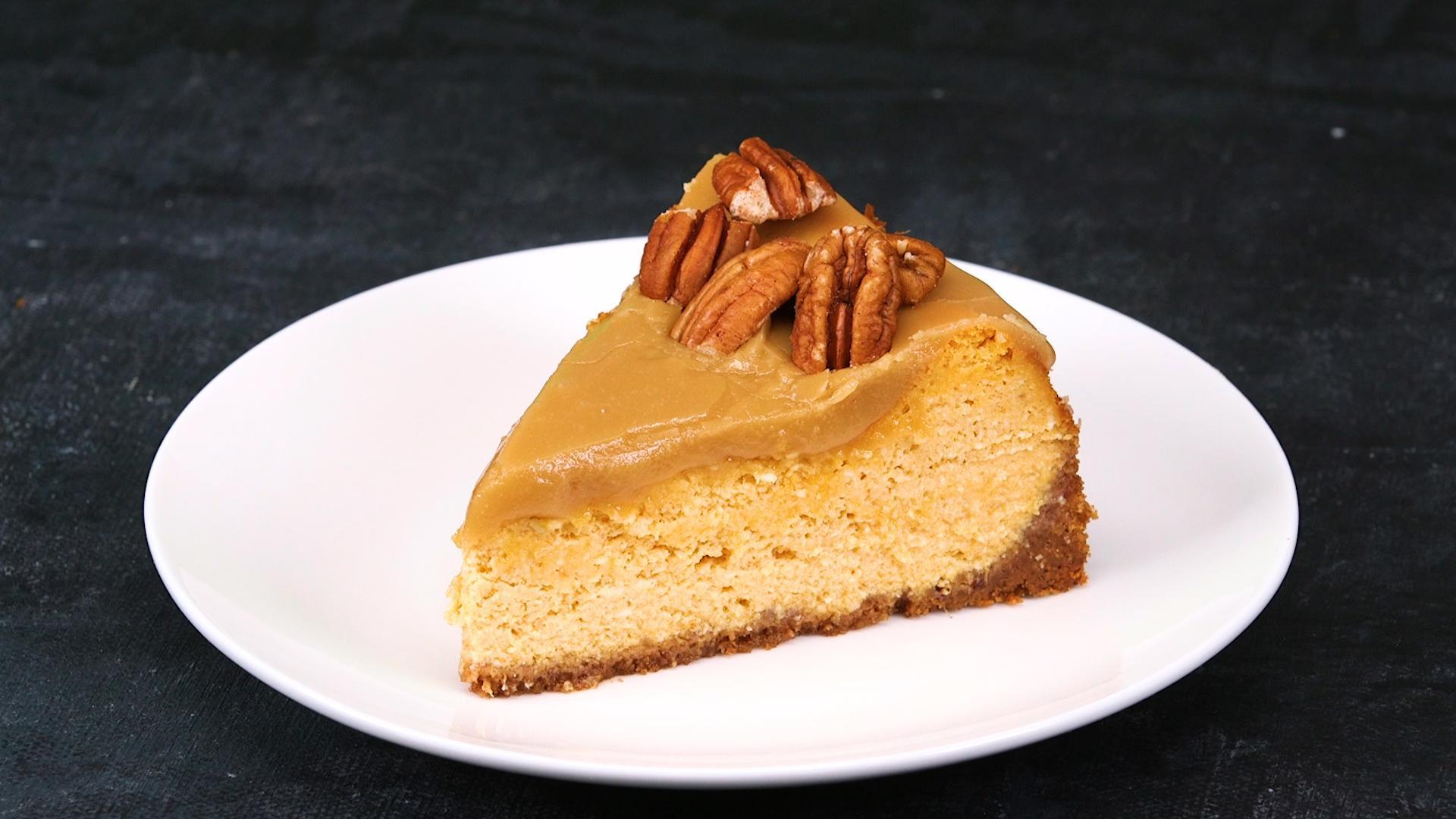 How to Make Pumpkin-Pecan Cheesecake