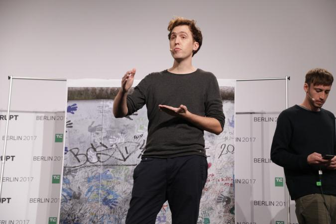 Nexto presents at Disrupt Berlin Startup Battlefield