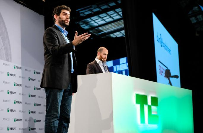 QEDit presents at Disrupt Berlin Startup Battlefield