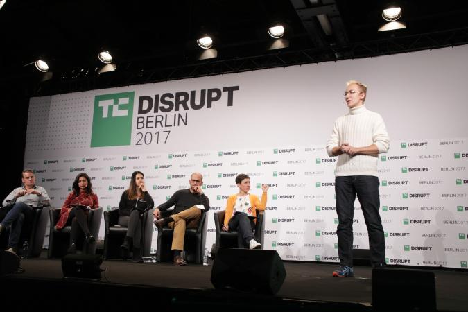 Reason8 presents at Disrupt Berlin Startup Battlefield
