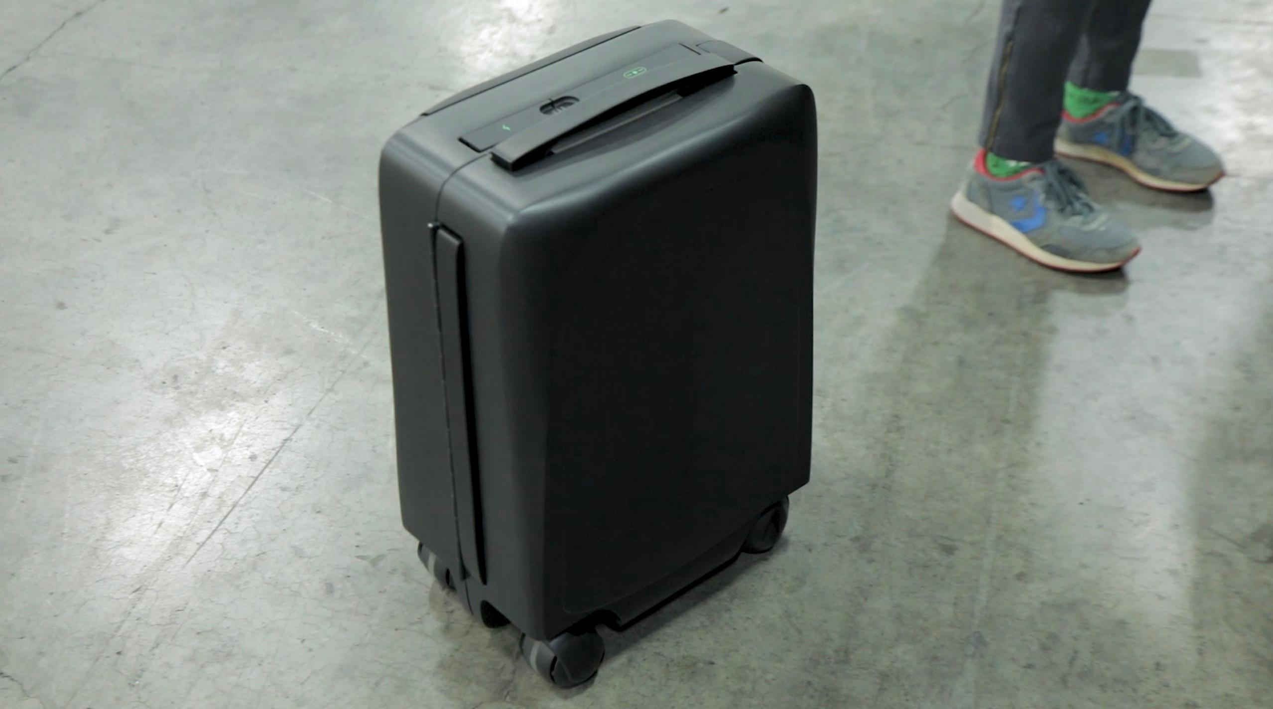 ForwardX AI self-following suitcase