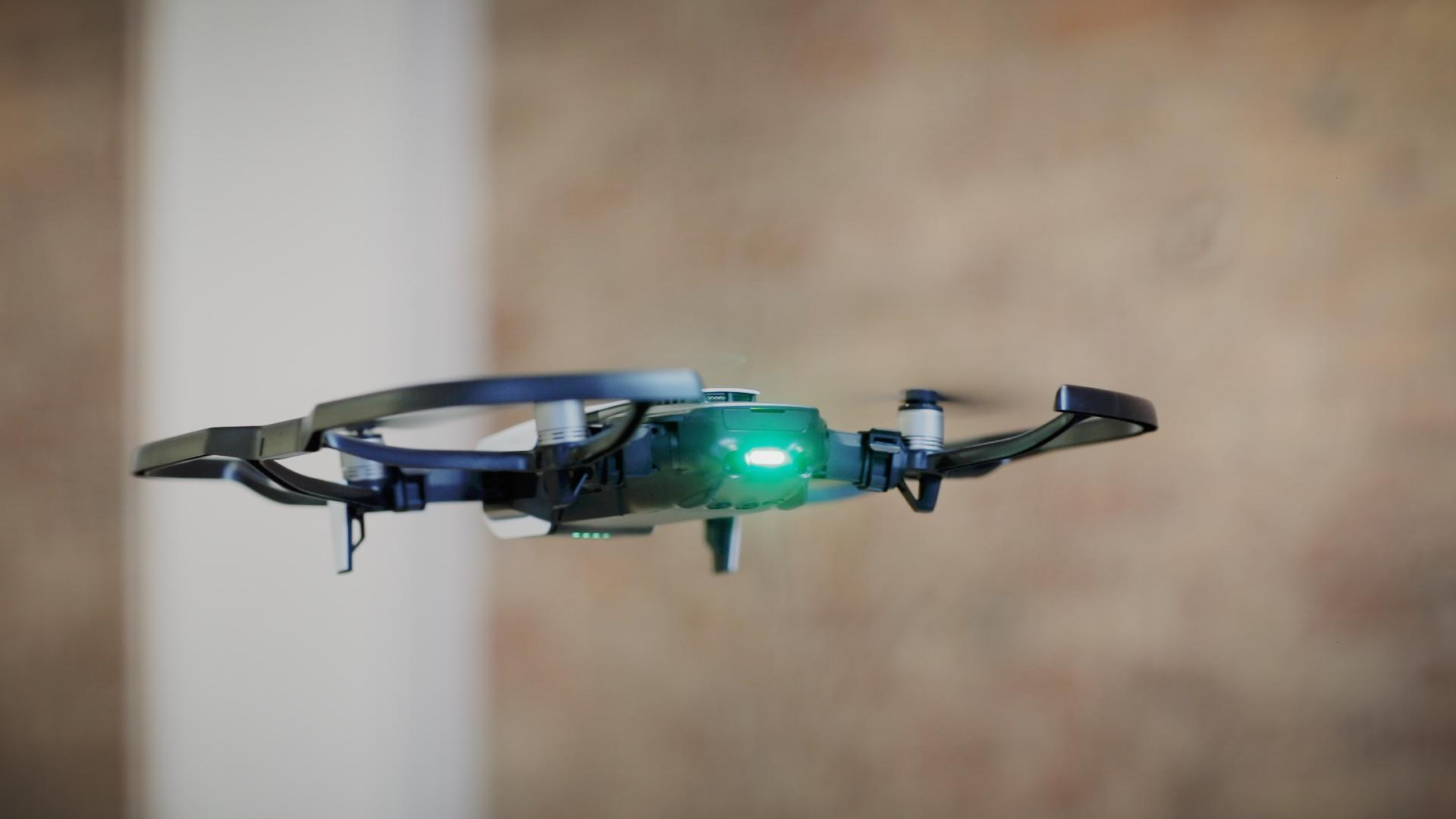 DJI's $799 'smartphone-size' Mavic Air drone starts shipping January 28