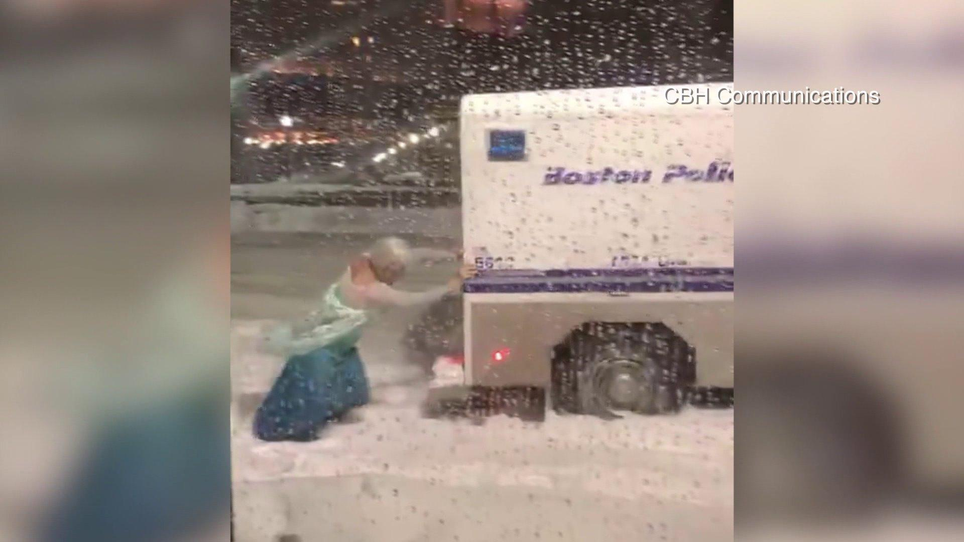 Sp 500 movers mat wynn video nasdaq elsa pushes boston police vehicle out of snow biocorpaavc