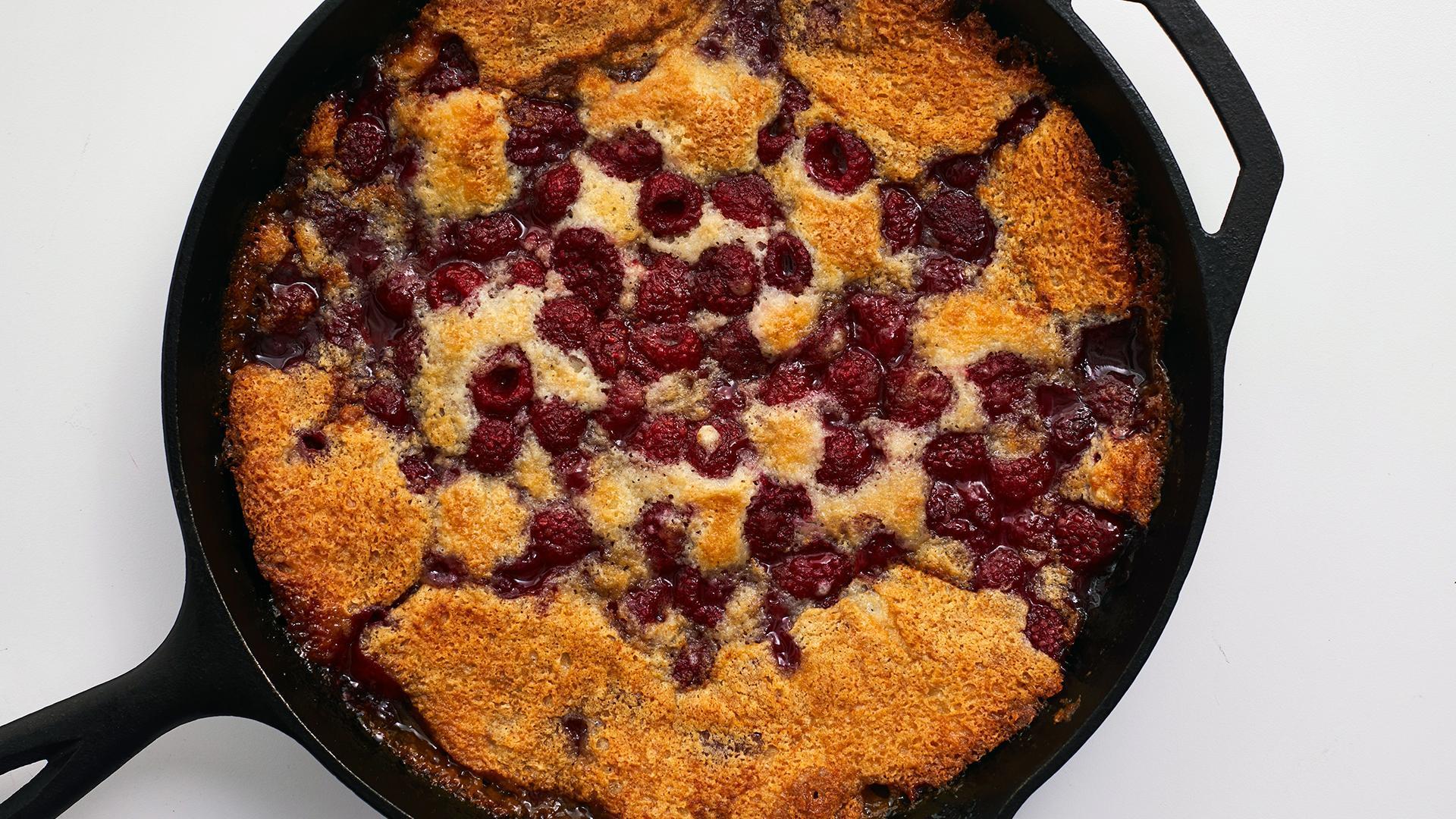How to Make Raspberry Cobbler