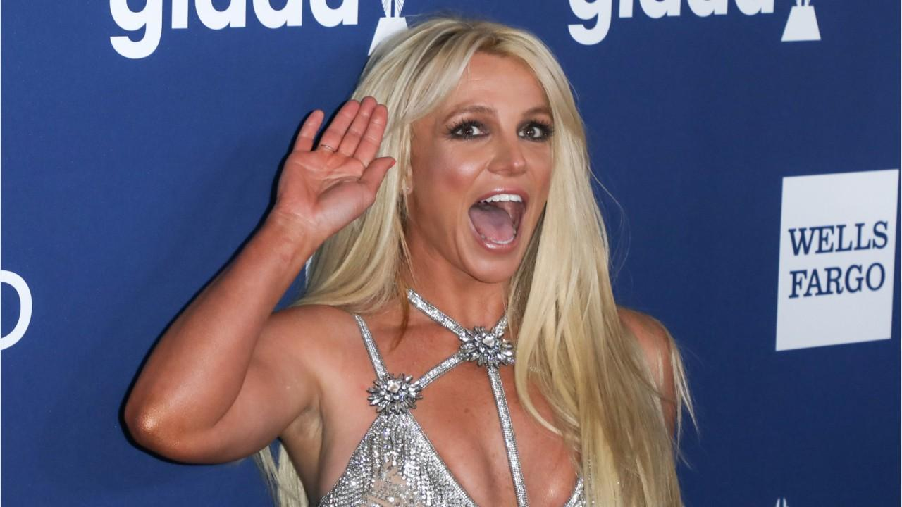 wait, britney spears and her bf did how many takes of their workout