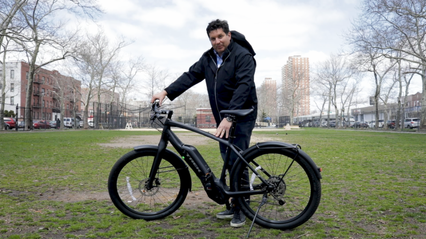 Trek's Commuter+ 7 is a beautiful – if pricey – electric bike