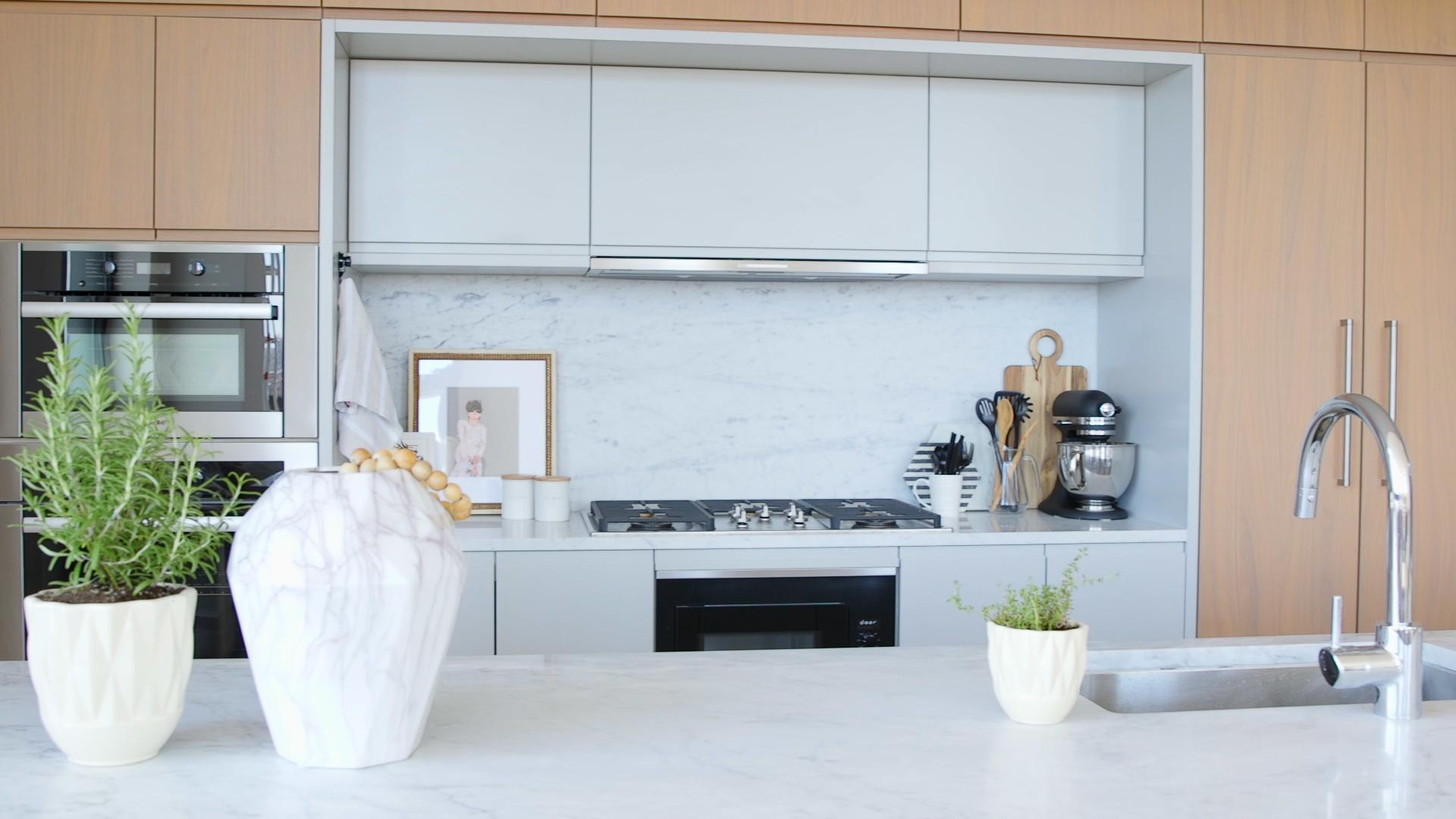 7 Easy, Pro-Approved Tricks to Make Your Kitchen Beautiful and Organized