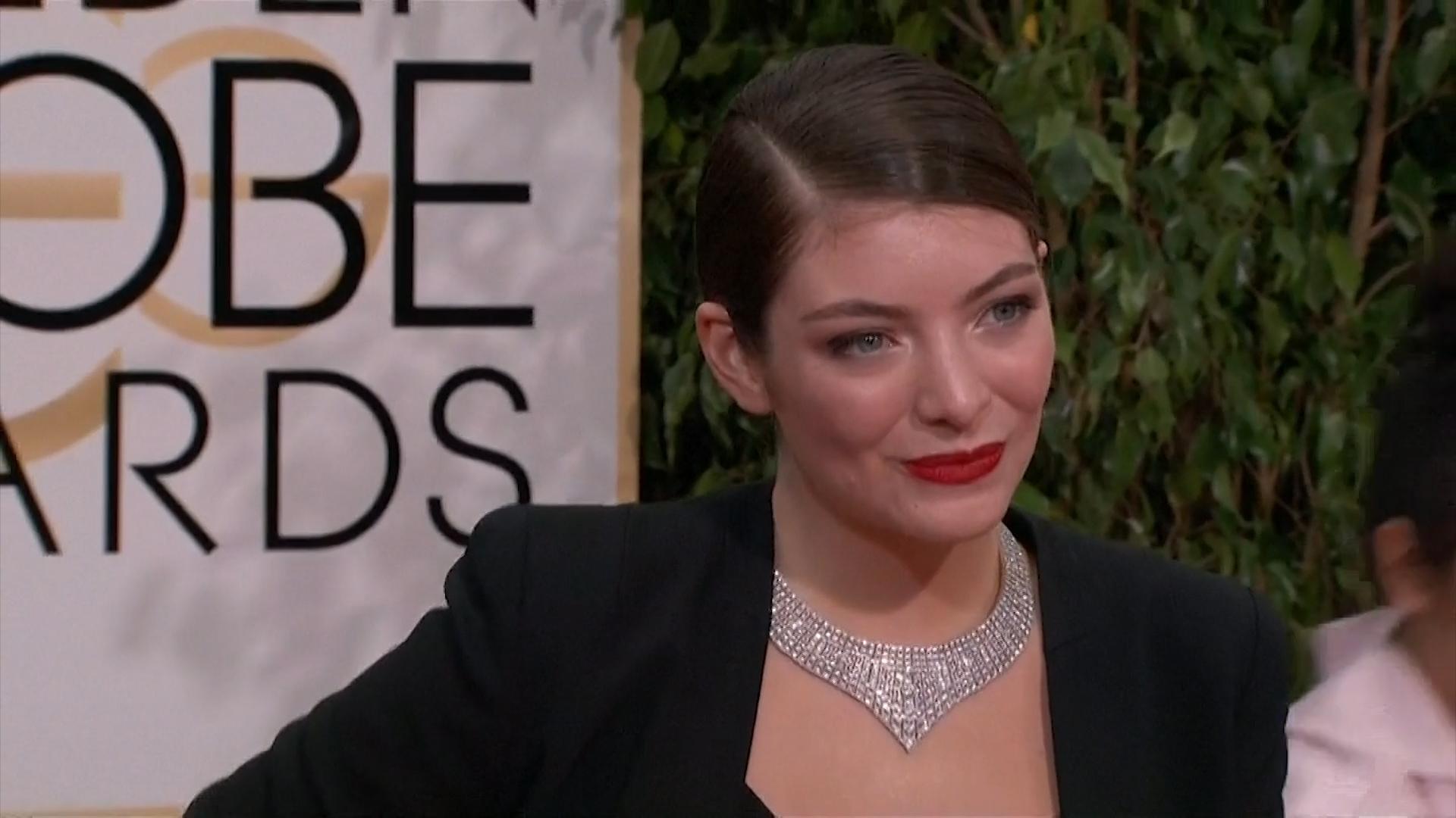 Lorde Suggests Kanye West Copied Her Floating Stage Design