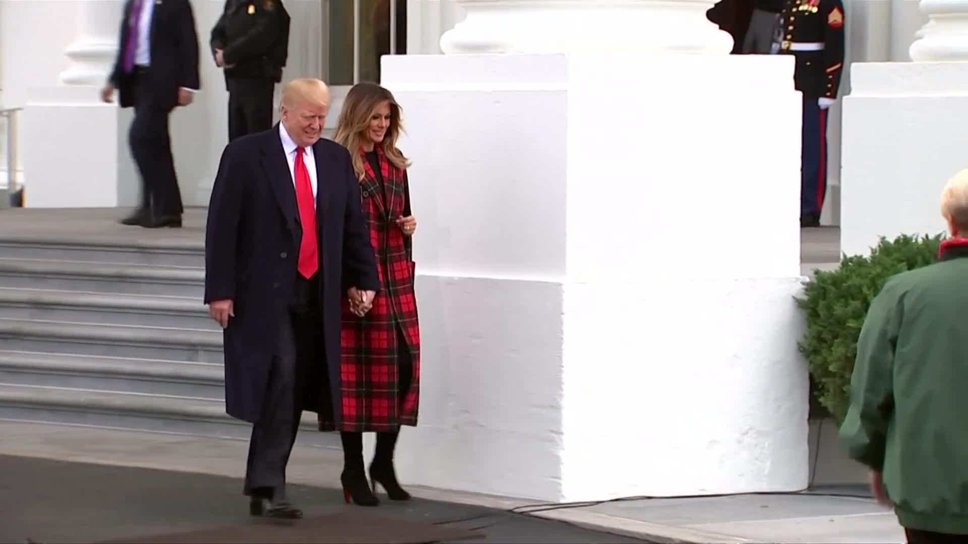Twitter Users React To Trump Touching Horse's Butt As White House Christmas Tree Arrives