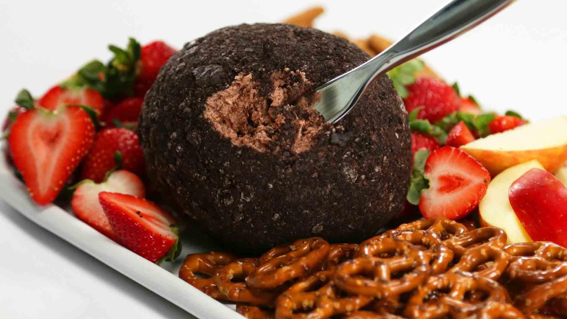 How to Make a Cookie Butter Cheese Ball