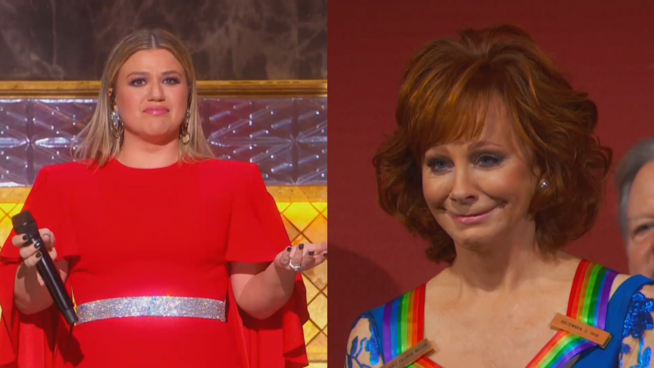 Kelly Clarkson overcome with emotions during Kennedy Center Honors tribute to Reba McEntire