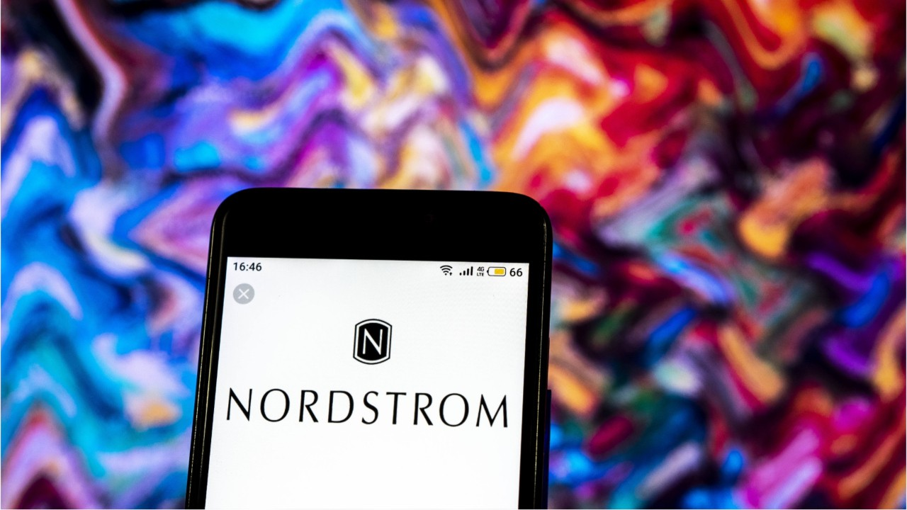 Co-President of Nordstrom Retail Chain Dies
