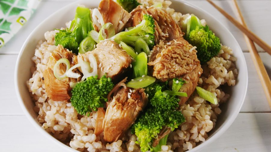 Slow-Cooker Chicken And Broccoli Is A Healthy Dinner And Meal Prep Win