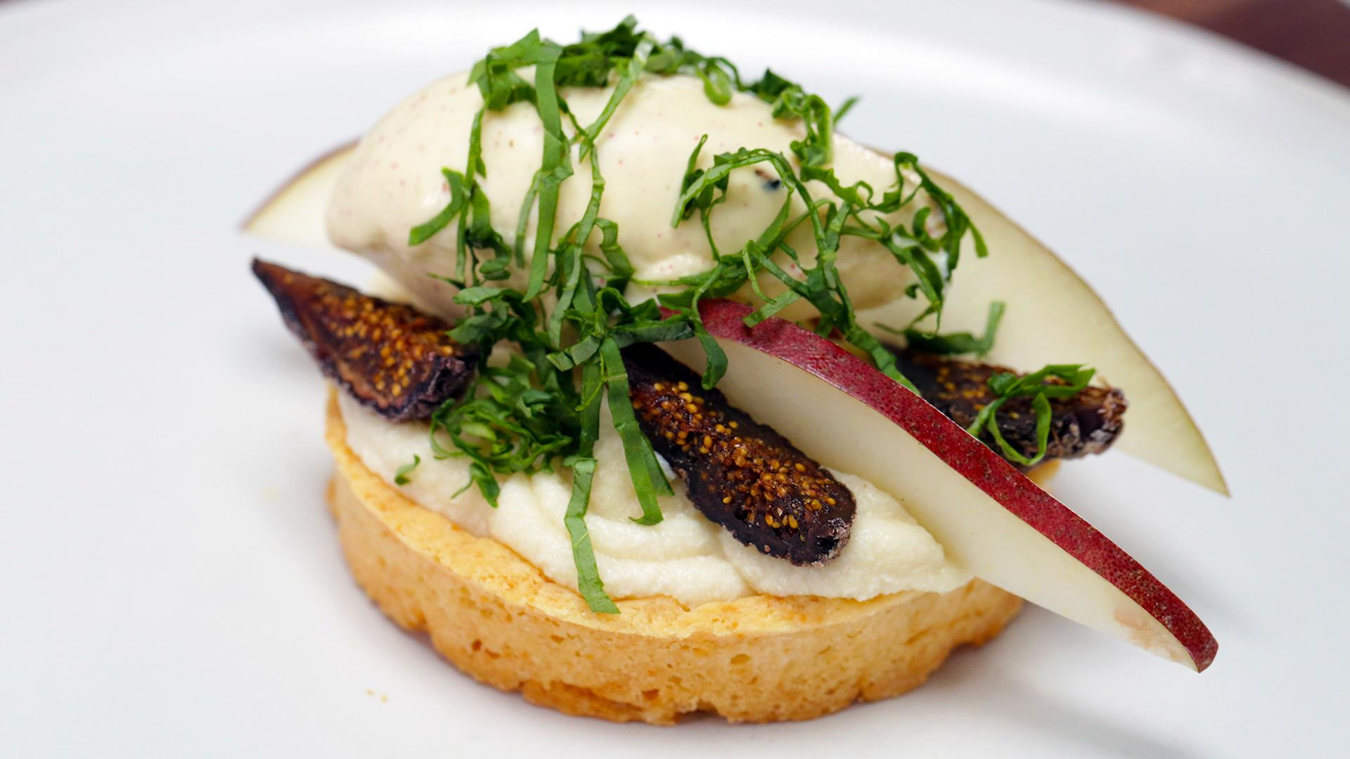 How to Make Smoked Honey and Fig Tart with Pink Peppercorn Ice Cream