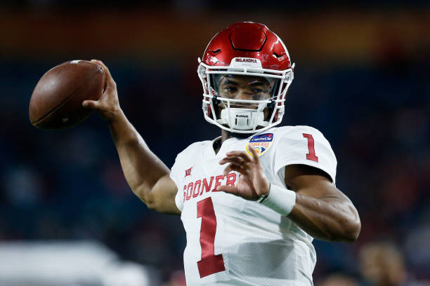 Sports Top Stories - Kyler Murray To Pursue Football Full-Time