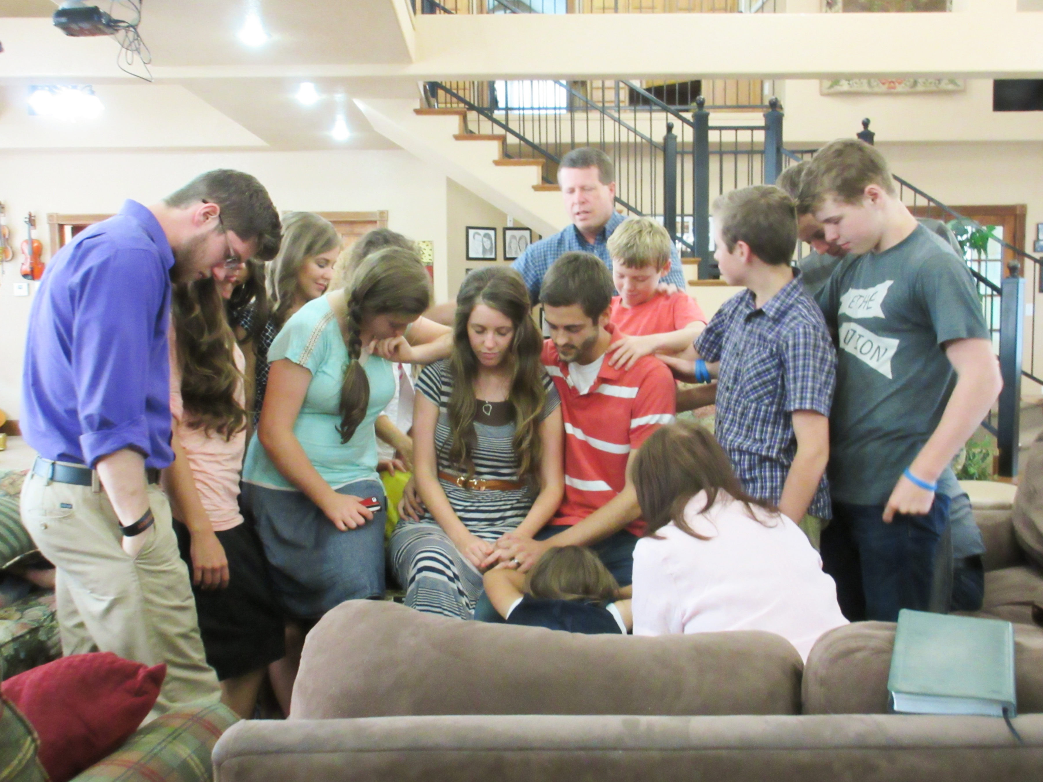 Duggar family reacts to report of raid by Homeland Security Investigations agents at family home