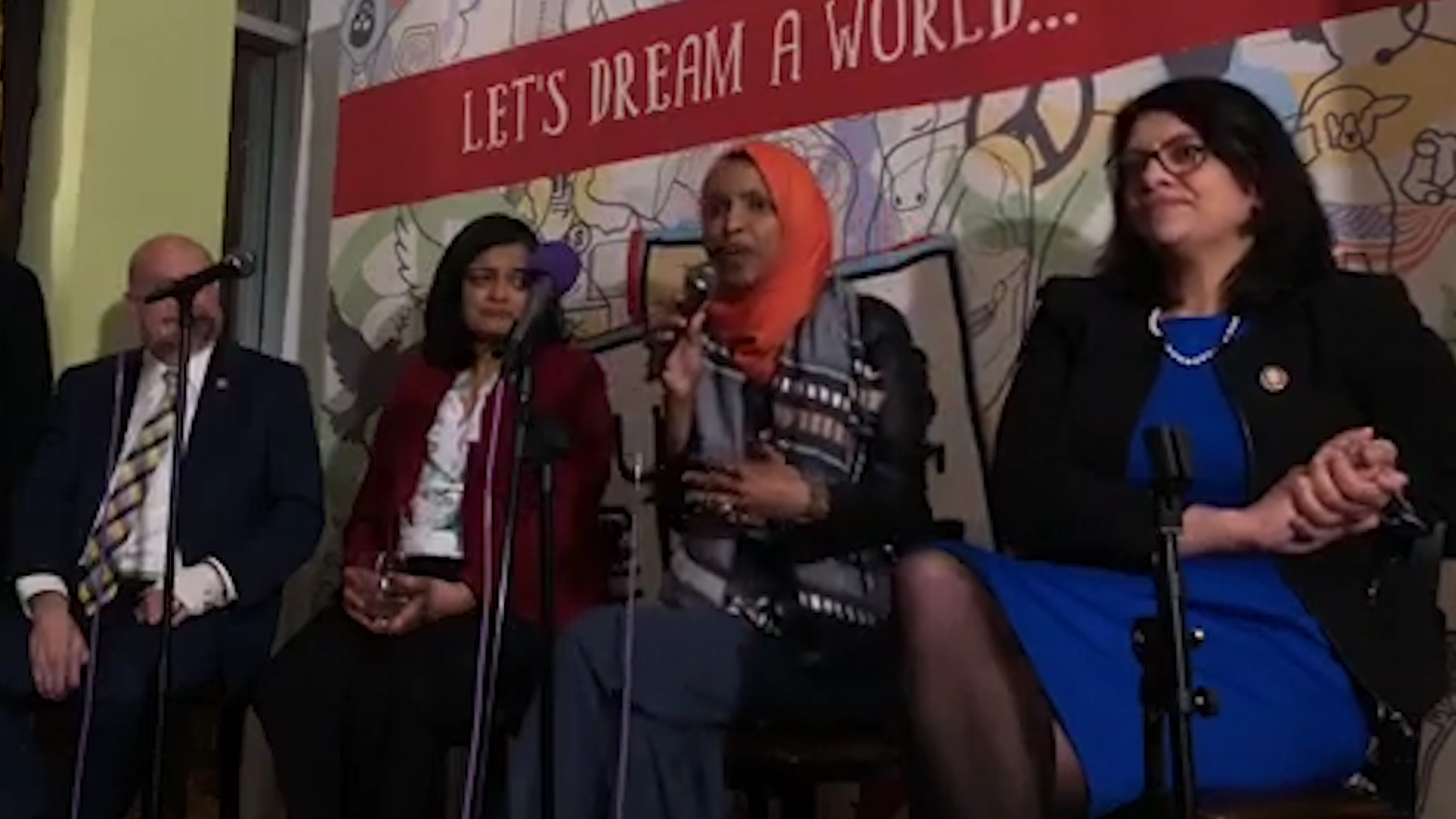 2020 Democratic Presidential Candidates Defend Ilhan Omar
