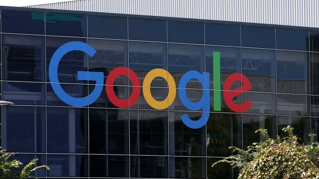 Politics - Google Denies Working With Chinese Military