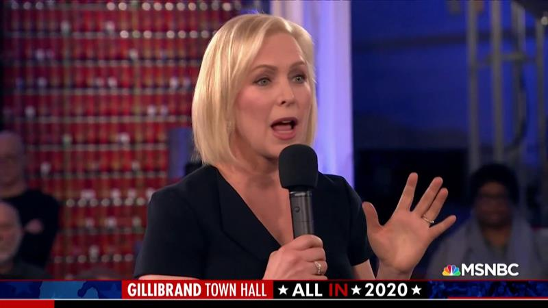 Kirsten Gillibrand Stands By Her Call For Al Franken's Resignation