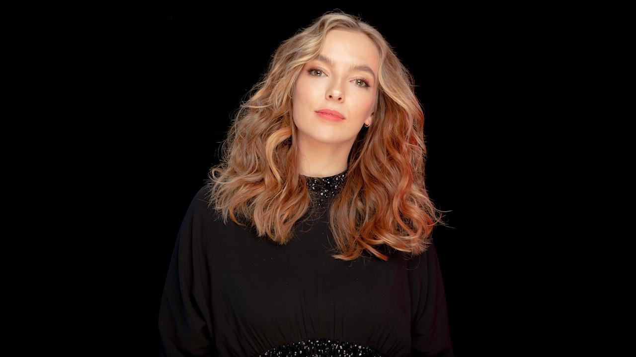 Jodie Comer Reveals One Killing Eve Fan Asked Her To Strangle Her