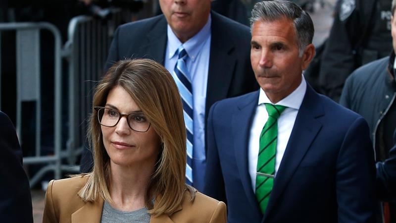 Lori Loughlin and Mossimo Giannulli to be audited by IRS over college admissions scandal
