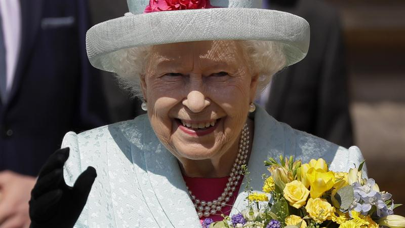 Queen Elizabeth turns 93: Royal family wishes her a happy birthday on social media!