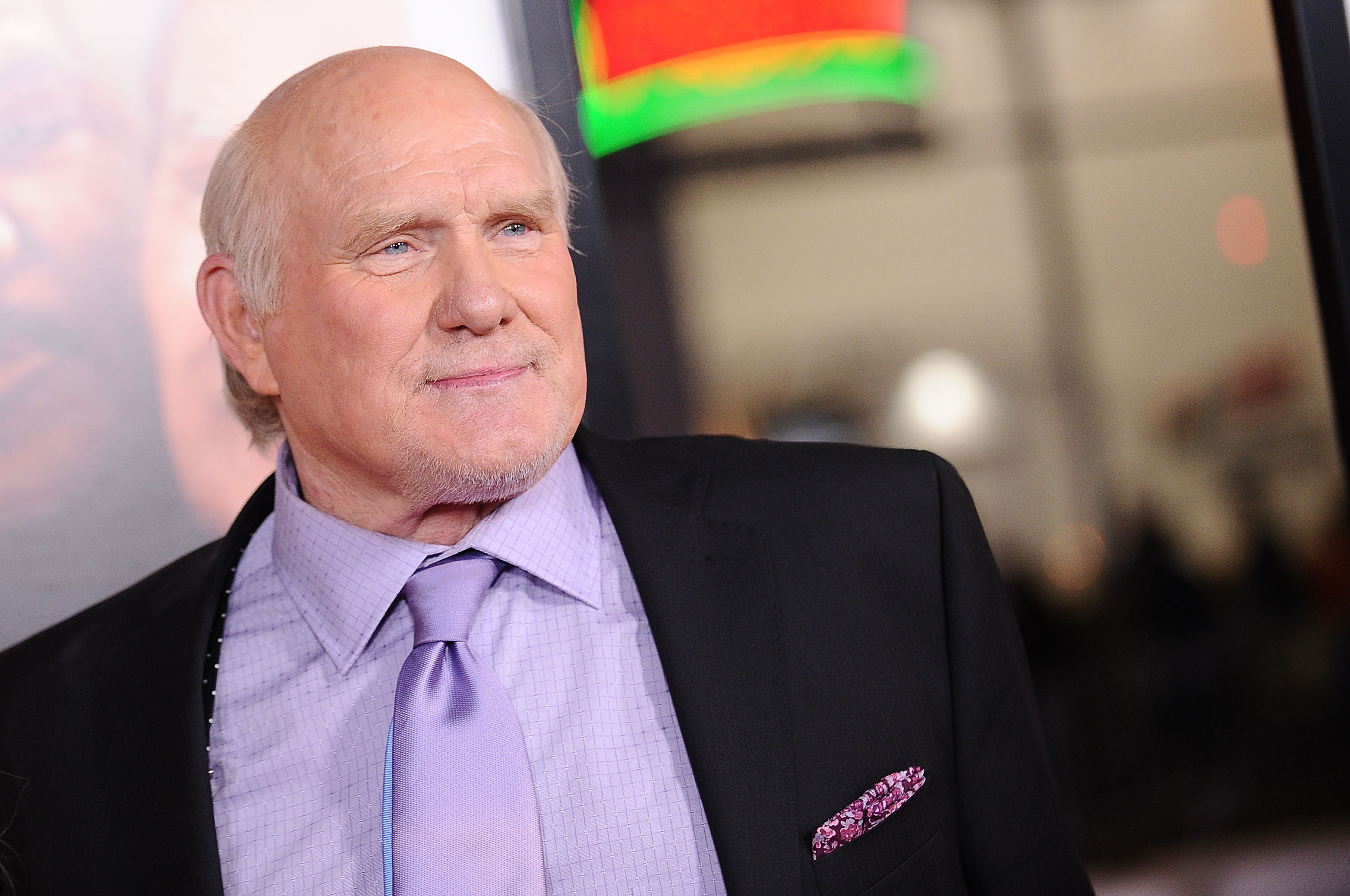 Terry Bradshaw apologizes for racially insensitive remark about Ken Jeong