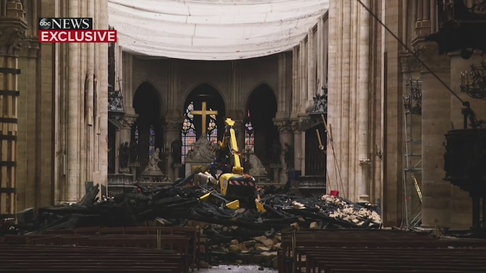 Worshippers To Wear Hard Hats At Notre Dame's First Mass Since Blaze