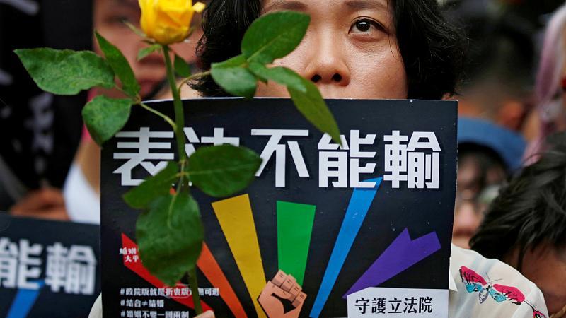 Le mariage gai est légalisé à Taïwan, une première en Asie