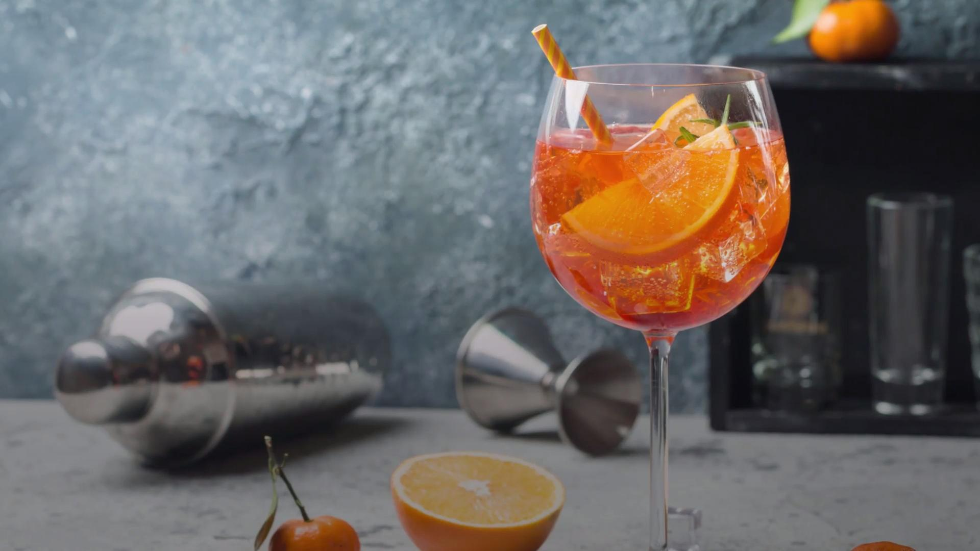 M&S Now Sells 'Aperol Spritz' In A Can, So Summer Is Officially Here