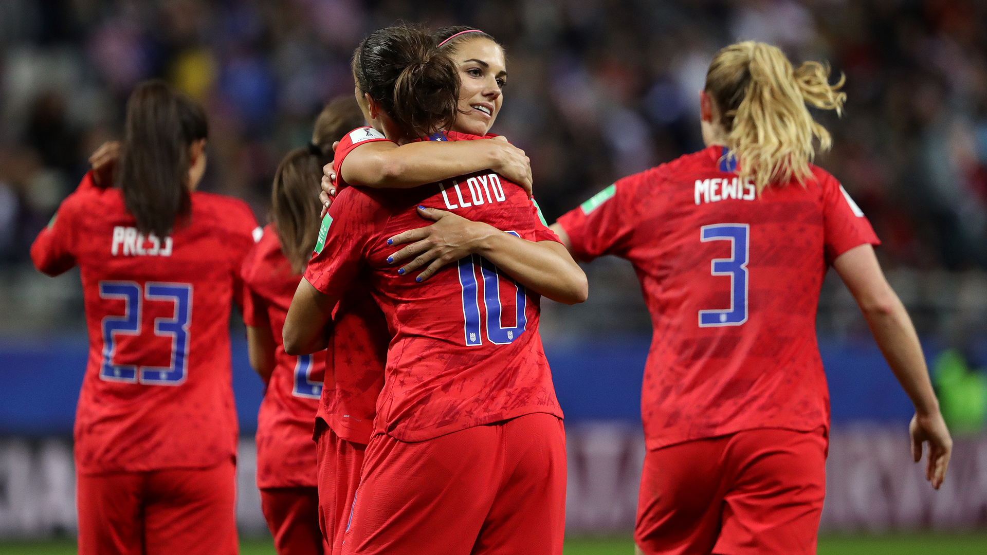 Hope Solo deems USWNT celebrations 'overboard'