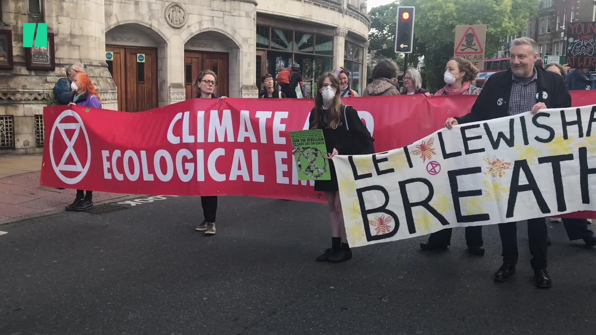 Extinction Rebellion Has Scrapped Its Heathrow Airport Protest